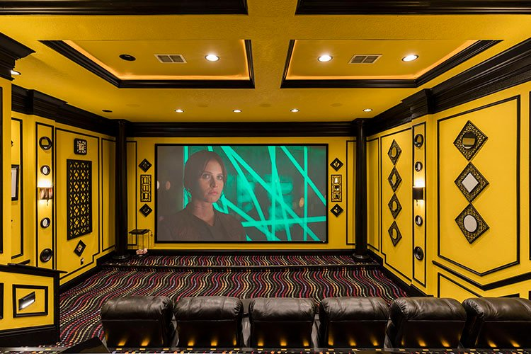 orlando vacation homes with movie theaters