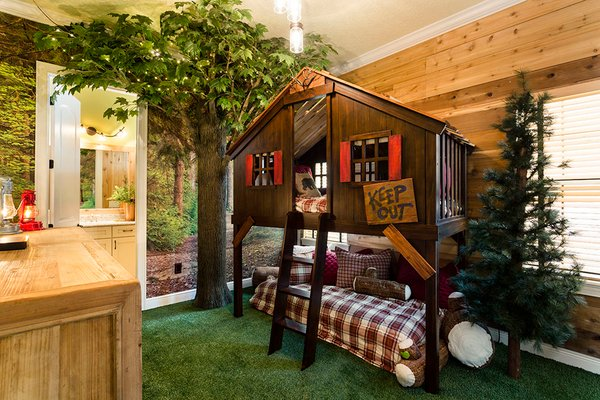 treehouse themed bedroom