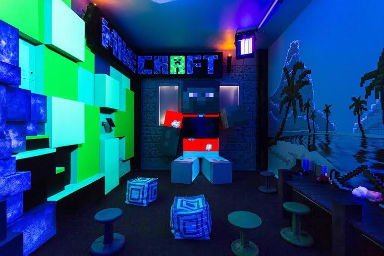 Reunion Resort 7500's Minecraft games room