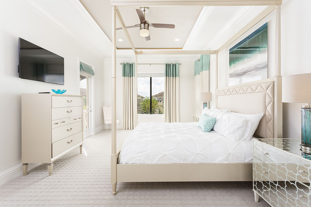 Reunion Resort 7500's master bedroom