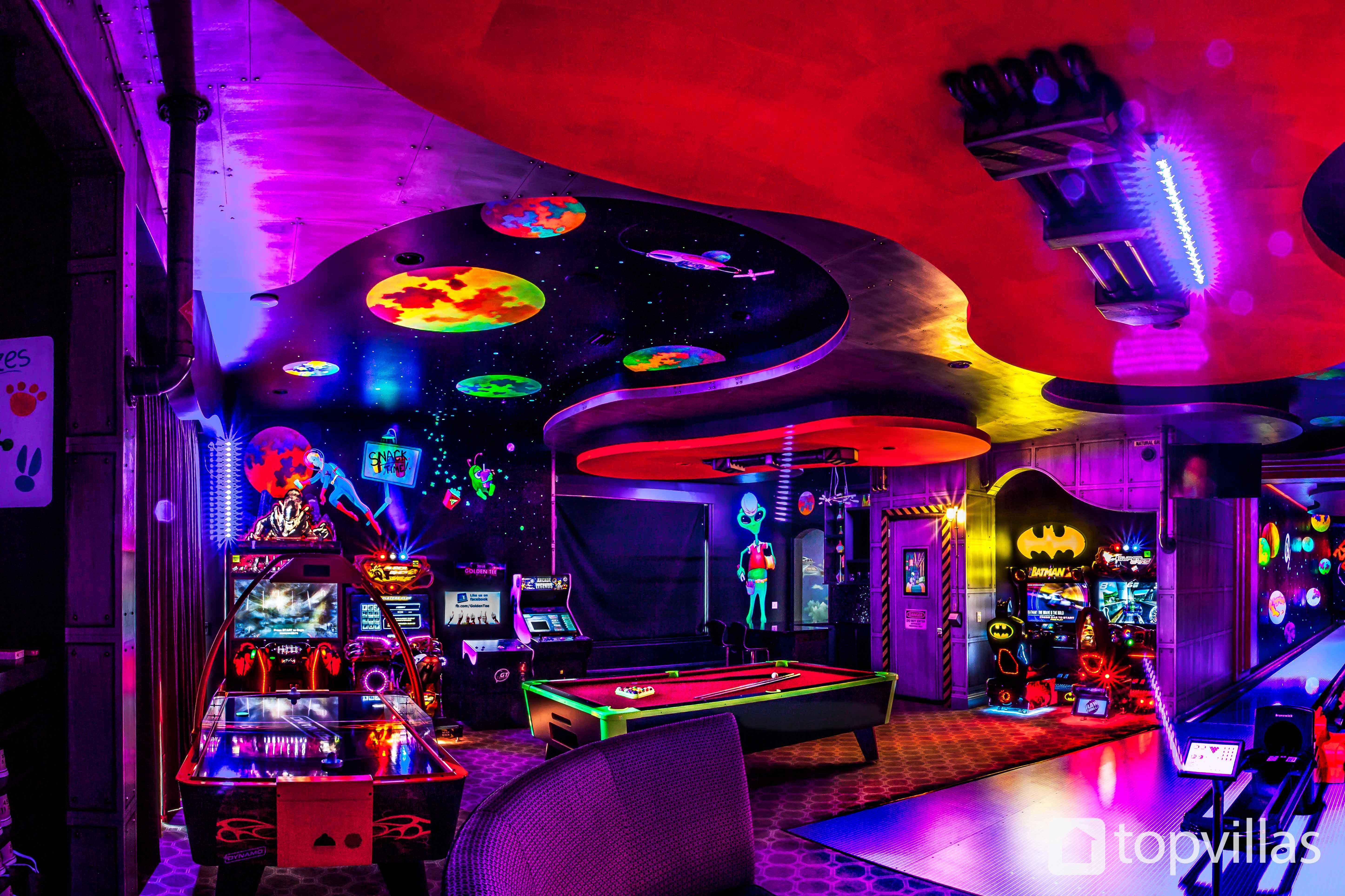 reunion resort 10000's games room