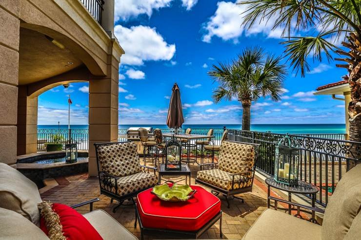 Destin 80 beach front home