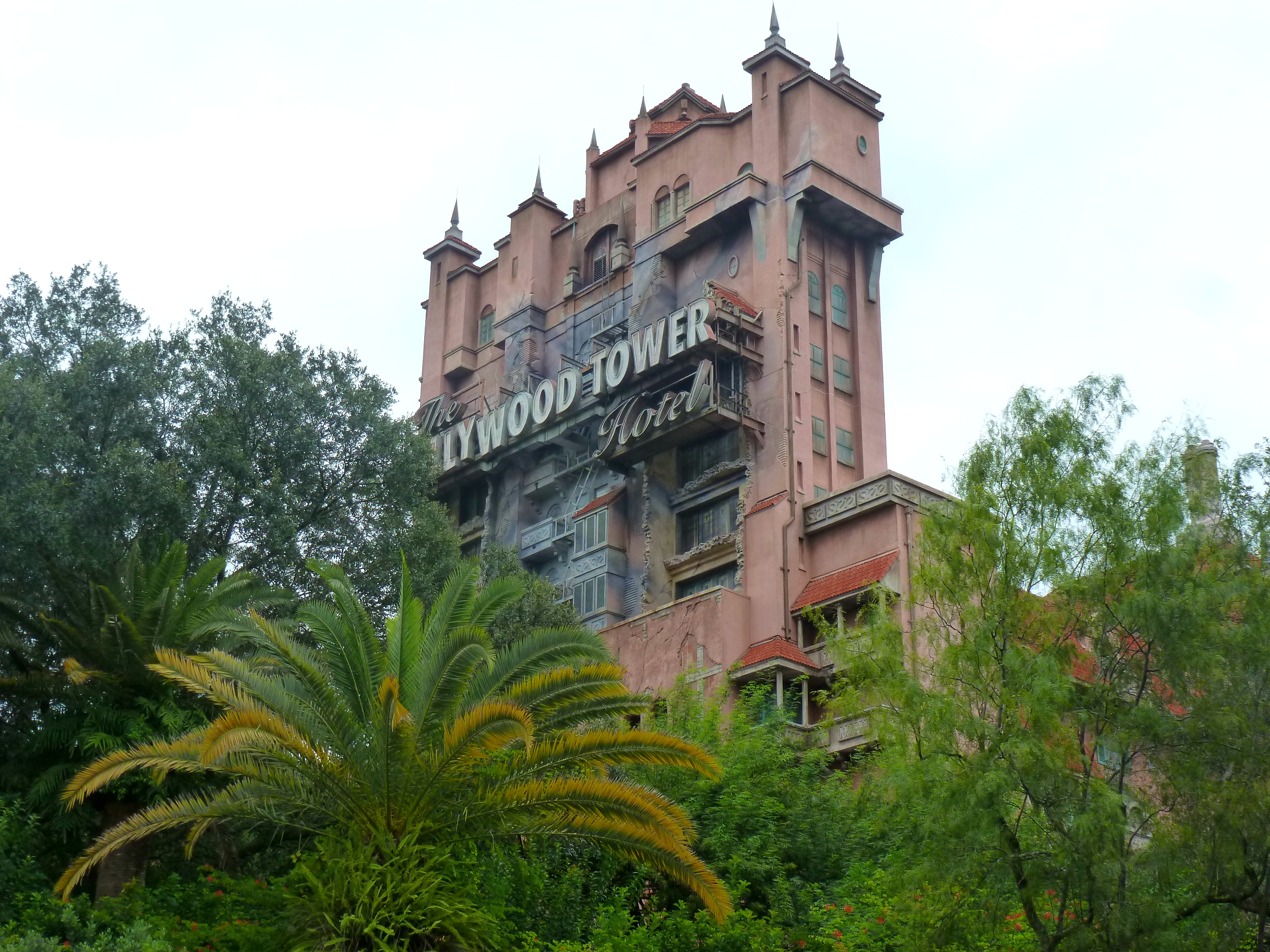 Hollywood Tower ride