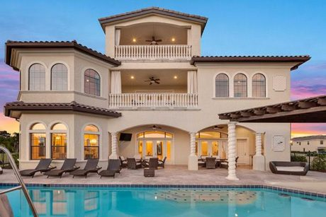 villa with pool near disney world