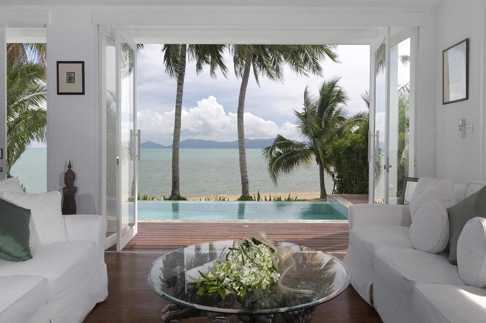 Bophut 5125 is a contemporary beachfront villa in Koh Samui