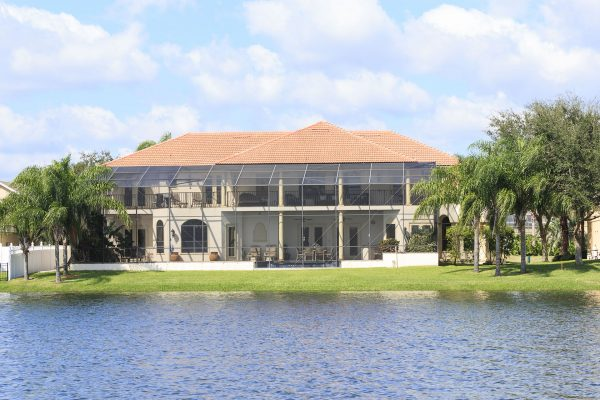 Many Formosa Gardens rentals are located around the lake