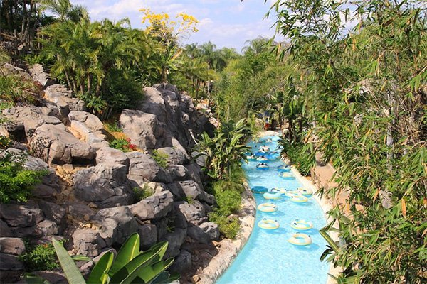 The lazy river at Reunion Resort in Orlando