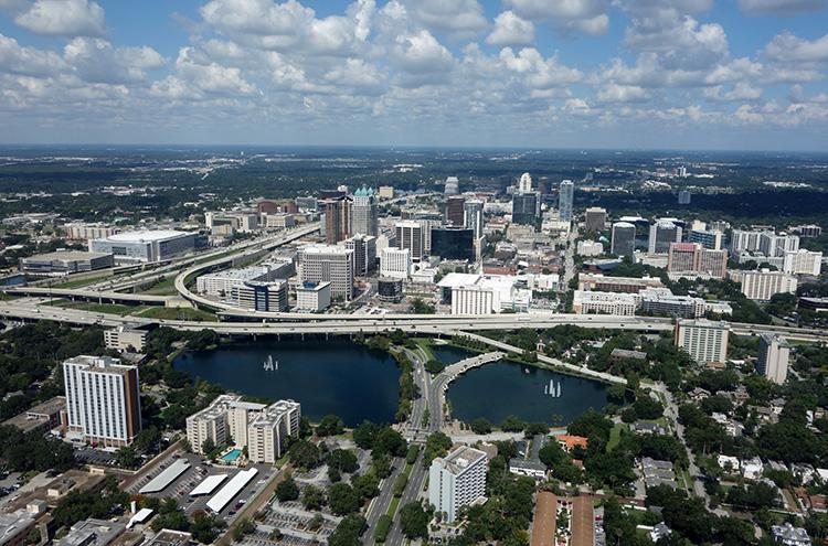 How big is Orlando, Florida?