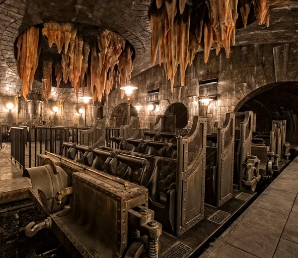 Harry Potter and the Escape From Gringotts universal orlando