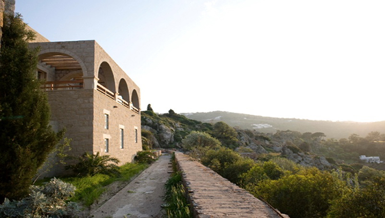 special places to stay in greece