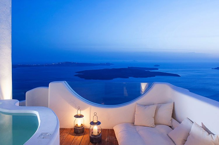 Best places to stay in Santorini, Greece