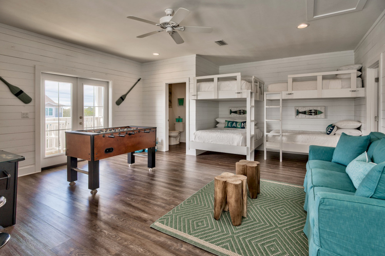 Destin vacation rentals for families