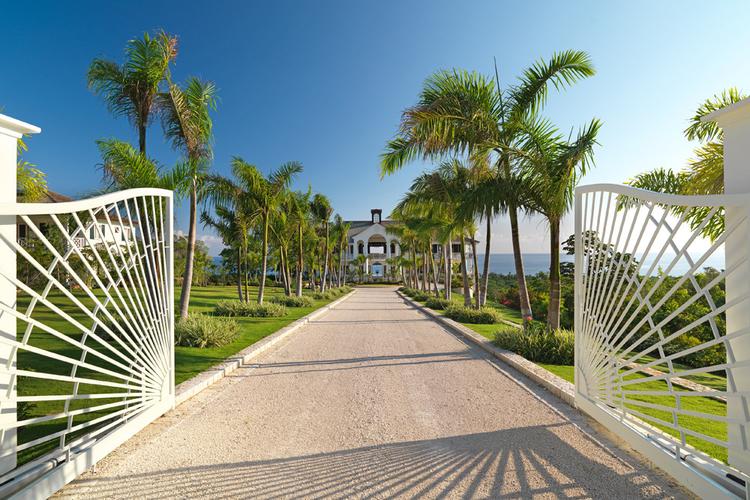 Caribbean villas with views