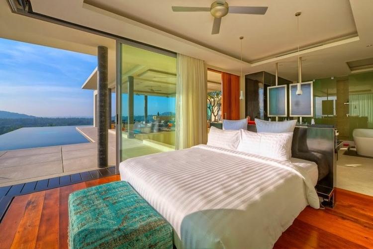 Villas with amazing views