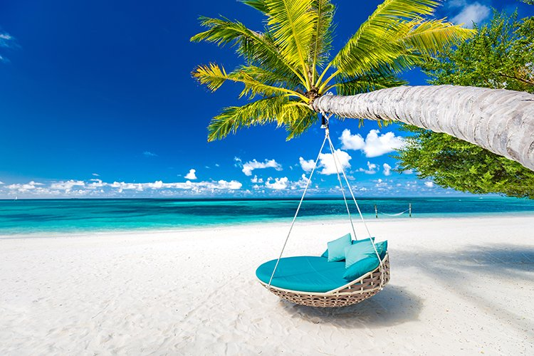 When is the best time to visit the Caribbean islands?