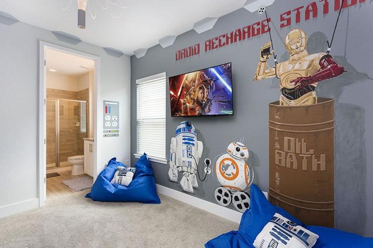 Disney Star Wars land accommodation
