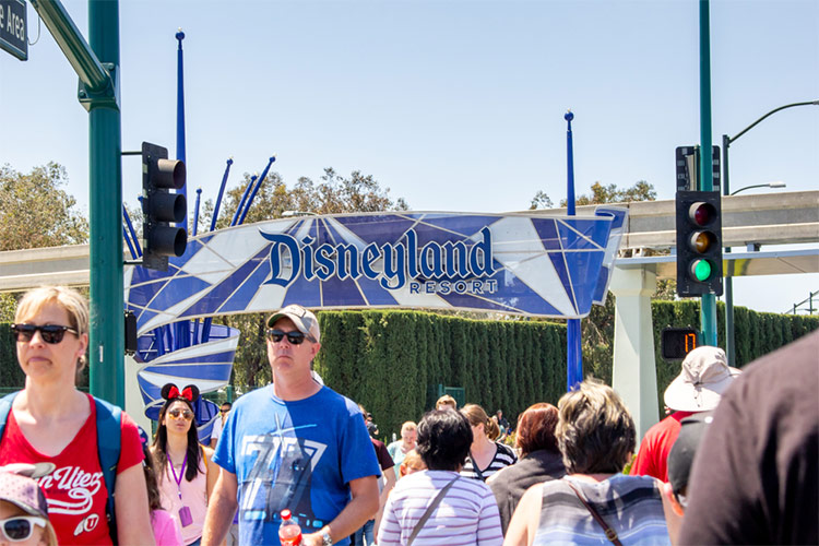 Disneyland Resort in California – one of the best theme parks in the USA for great weather