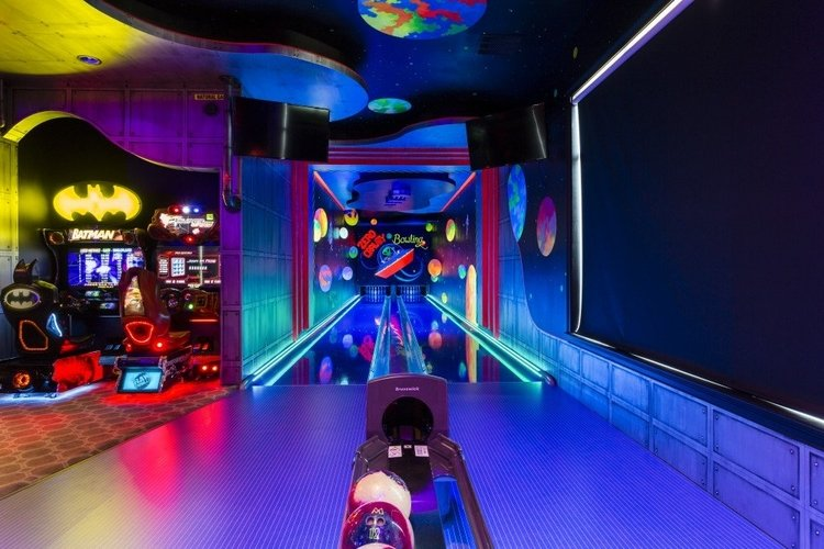 This villa in Orlando has an amazing bowling alley