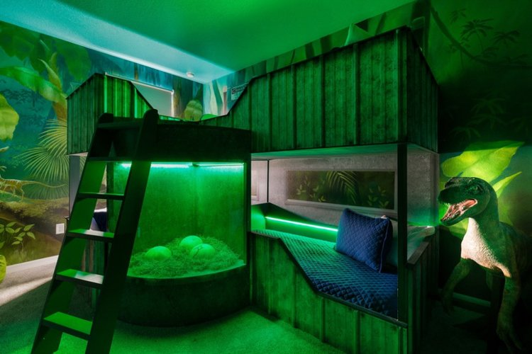 Dinosaur themed room with bunk beds