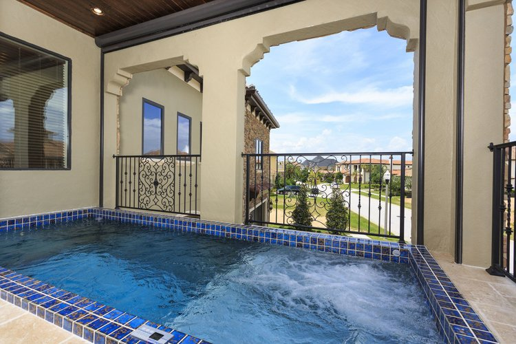 On the first floor balcony you will find a hot tub with resort views