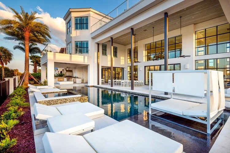 One of the largest villas in Orlando, this home has a private pool