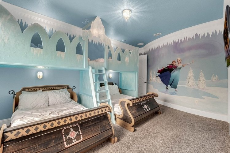 Vacation homes near Disney World with shuttle