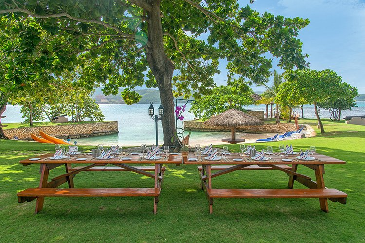 Caribbean villa with access to 3 private beaches