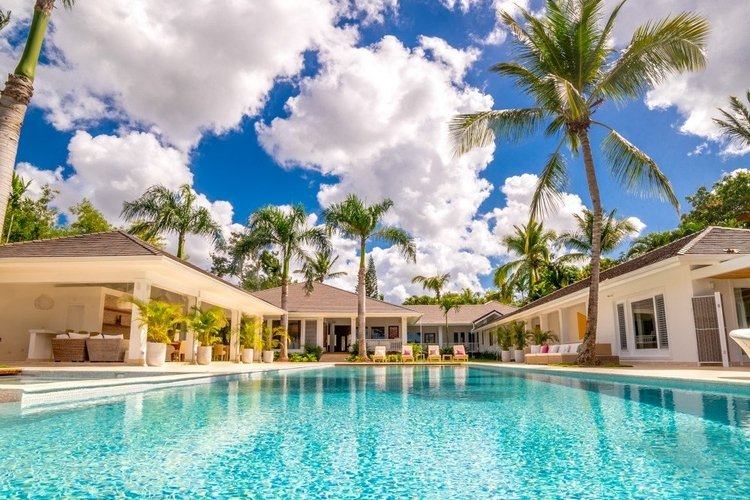 This 7 bedroom villa in the Dominican Republic has a private pool