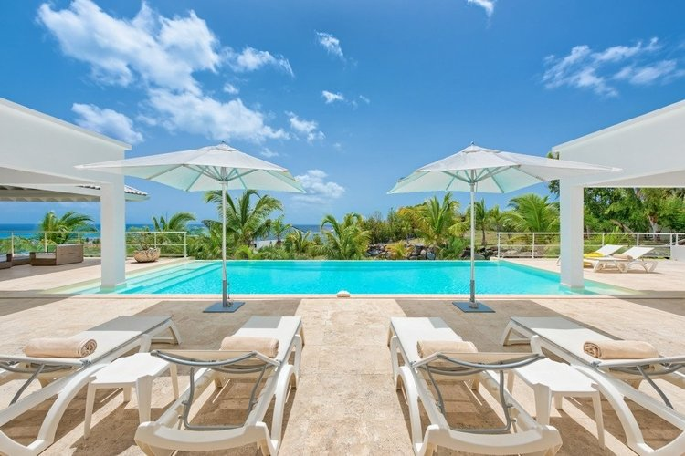 Villas in St Martin with pools
