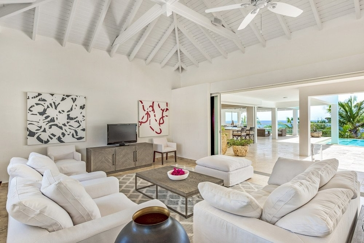 St Martin villas with open-plan living area with access to pool