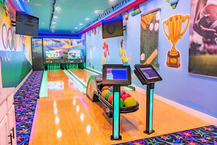 Orlando villas with bowling alleys