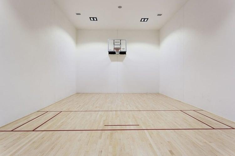 Orlando villas with basketball court