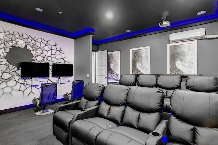 Luxury Orlando villas with home theaters