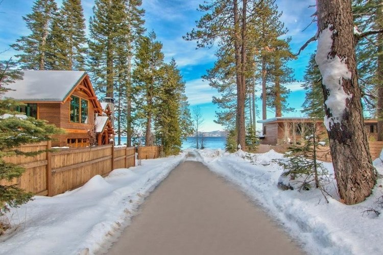 Cedar Crest Cottages in Lake Tahoe