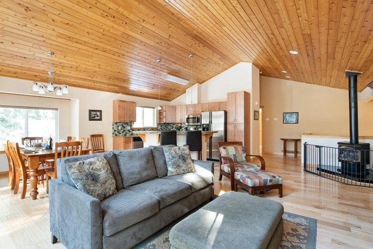 This is the perfect choice if you're looking for cheap accommodation in Lake Tahoe