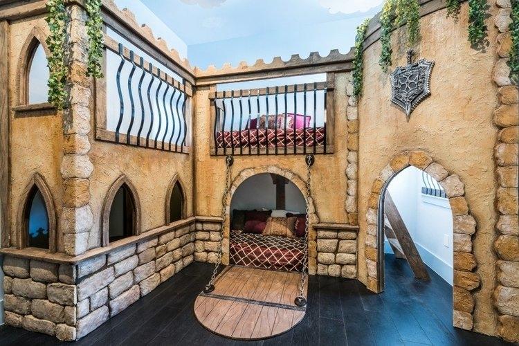 Castle themed kids room at Reunion Resort 1008