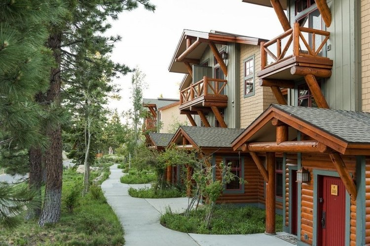 Mammoth Lakes 34 is pet-friendly
