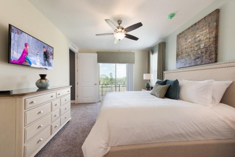 Encore Resort 189 bedroom with balcony