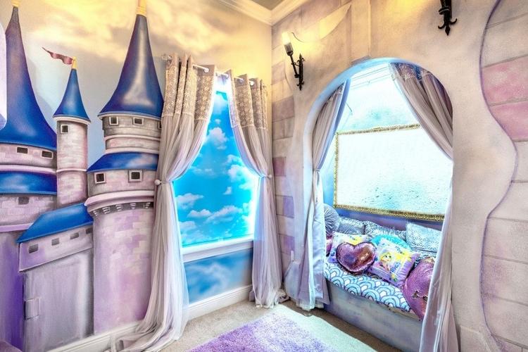 Resort Reunion 667 Princess themed room