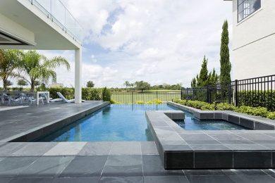 Reunion Resort 95 pool