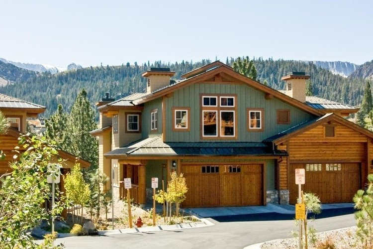 Exterior of Mammoth Lakes 61