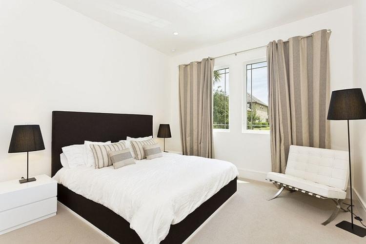 Bedroom in Reunion Resort 95