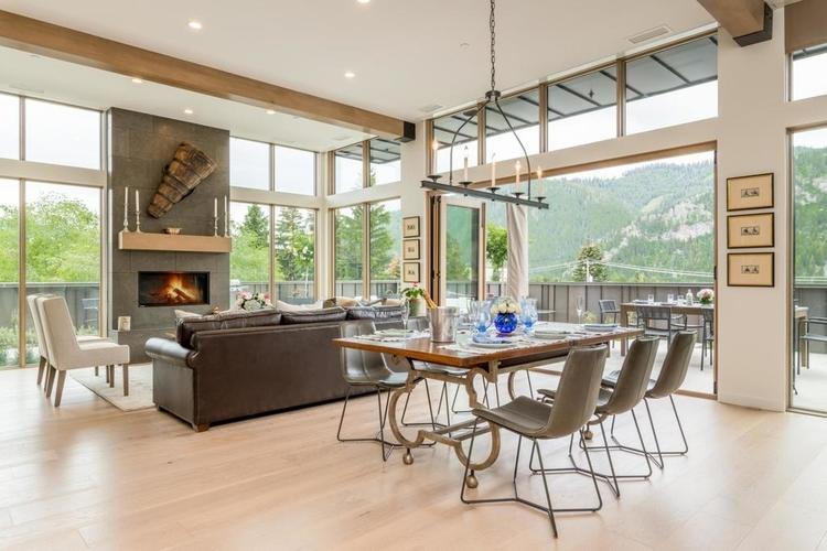 Luxury penthouse in Sun Valley