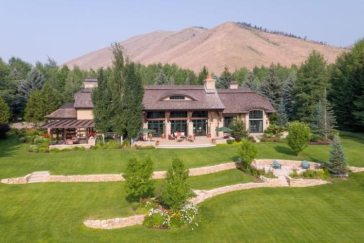 Luxury vacation rentals in Sun Valley