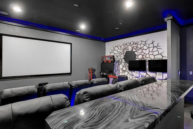 Home theater and arcade Bear's Den 4