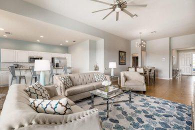 Open concept living in Windsor Hills Resort 604