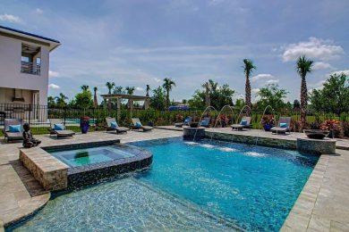 Bear's Den 4 pool Reunion Resort