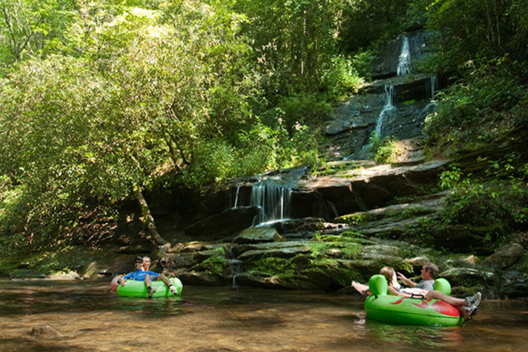 RIver tubing Great Smoky Mountains