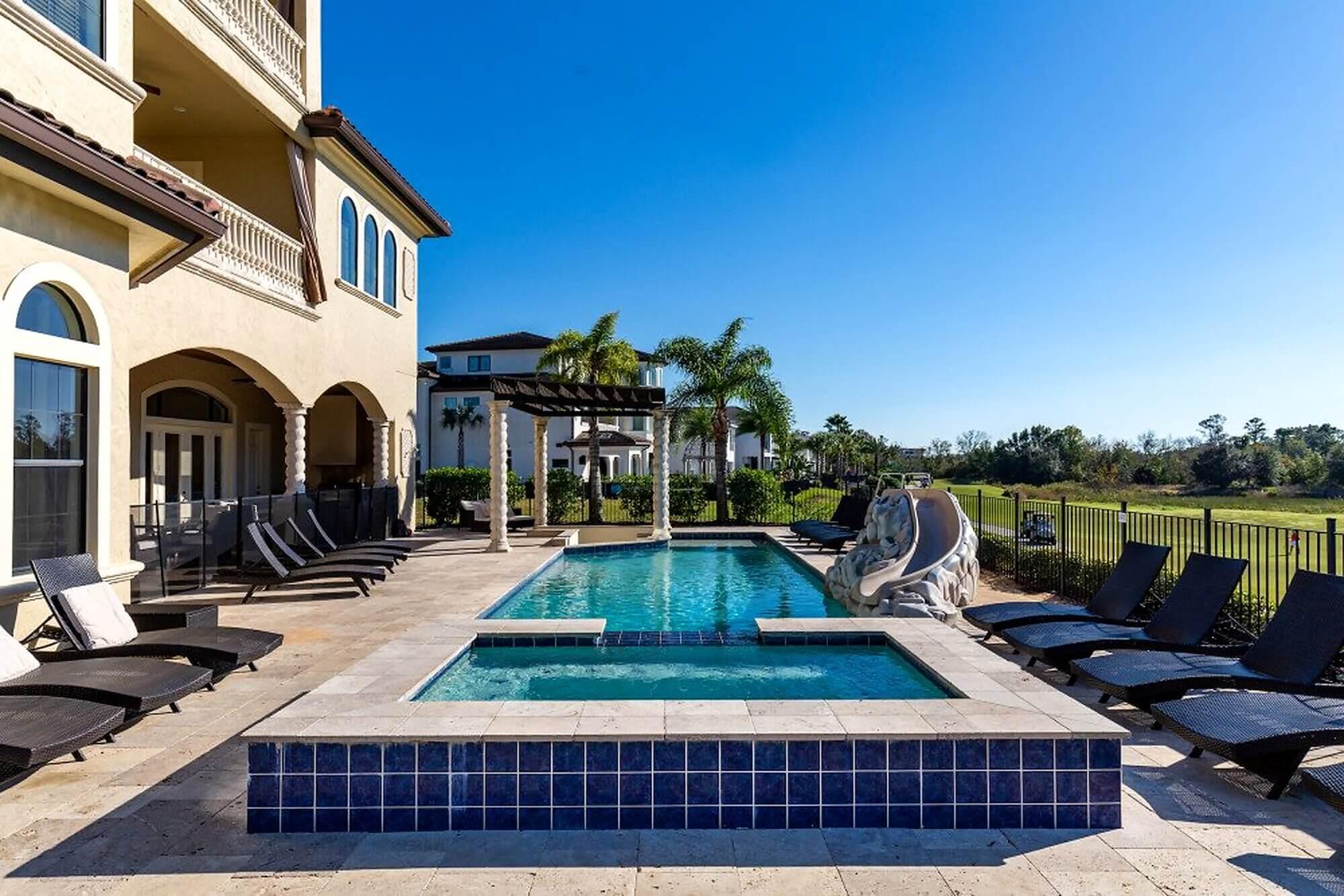 Orlando villa with water slide
