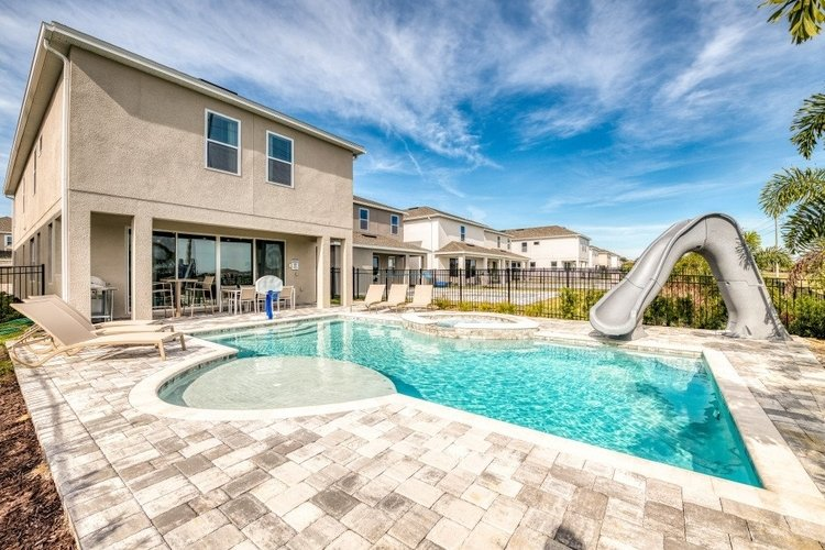 Encore Resort 443 is a great family Orlando villa with waterslide